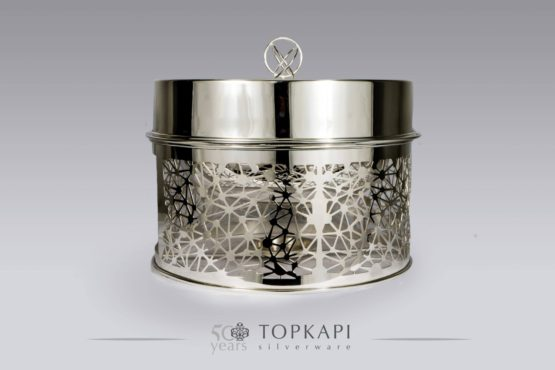 Round silver plated 'Constellation' Chafing dish with hinge for cover