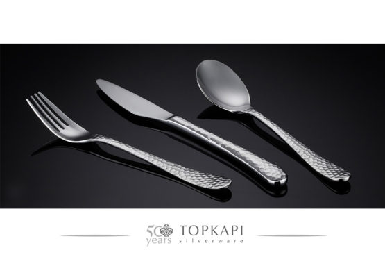 'Hammered' silver plate cutlery