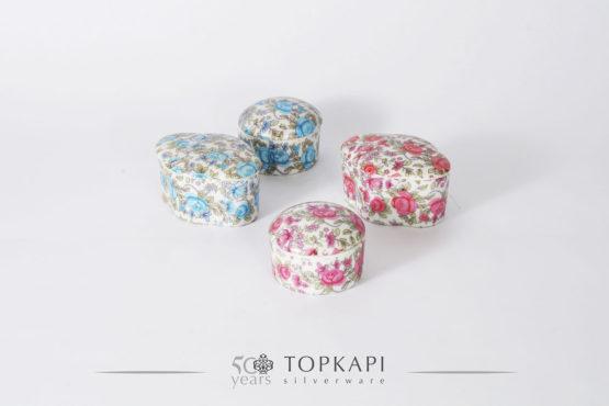 Porcelain candy boxes